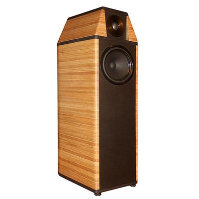 Lautsprechergehäuse aus Birke MPX Schichten, klarlackiert